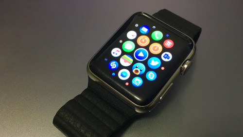 apple watch 500x281 LApple Watch fait chuter lhorlogerie suisse