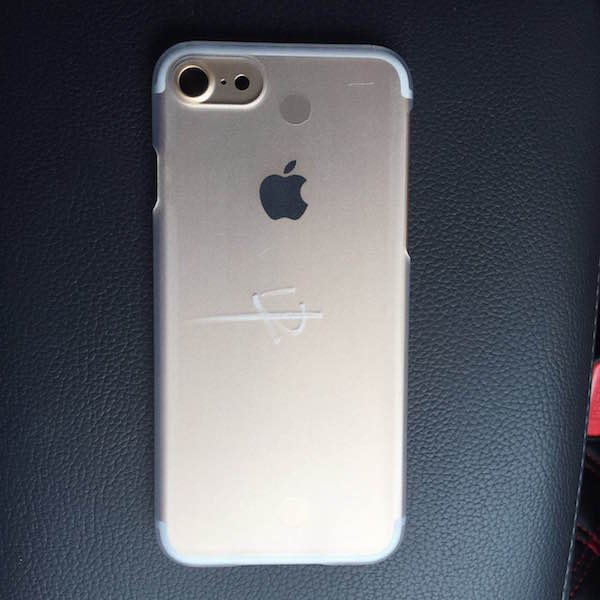 iphone 7 arriere iPhone 7 : de nouvelles photos confirment les rumeurs