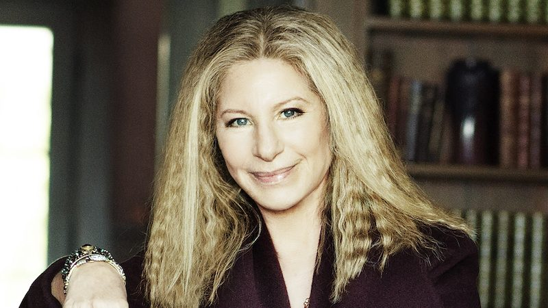 barbra streisand siri 800x450 App4Phone   Bon plan iPhone 7, 6s, Astuces, Actu & App Store