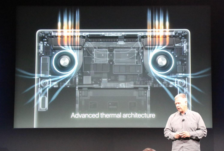 apple macbook event 20161027 8458 Bilan Keynote Hello Again : Apple TV, MacBook Pro (...)