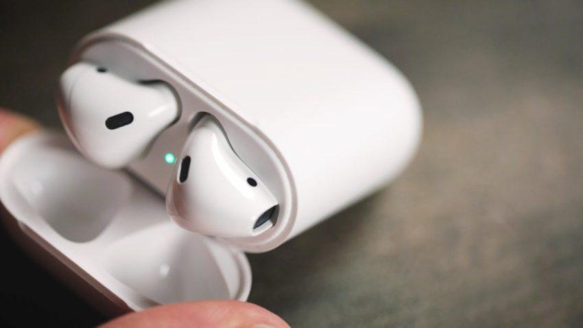 airpods Les AirPods sont enfin disponibles sur lApple Store en ligne