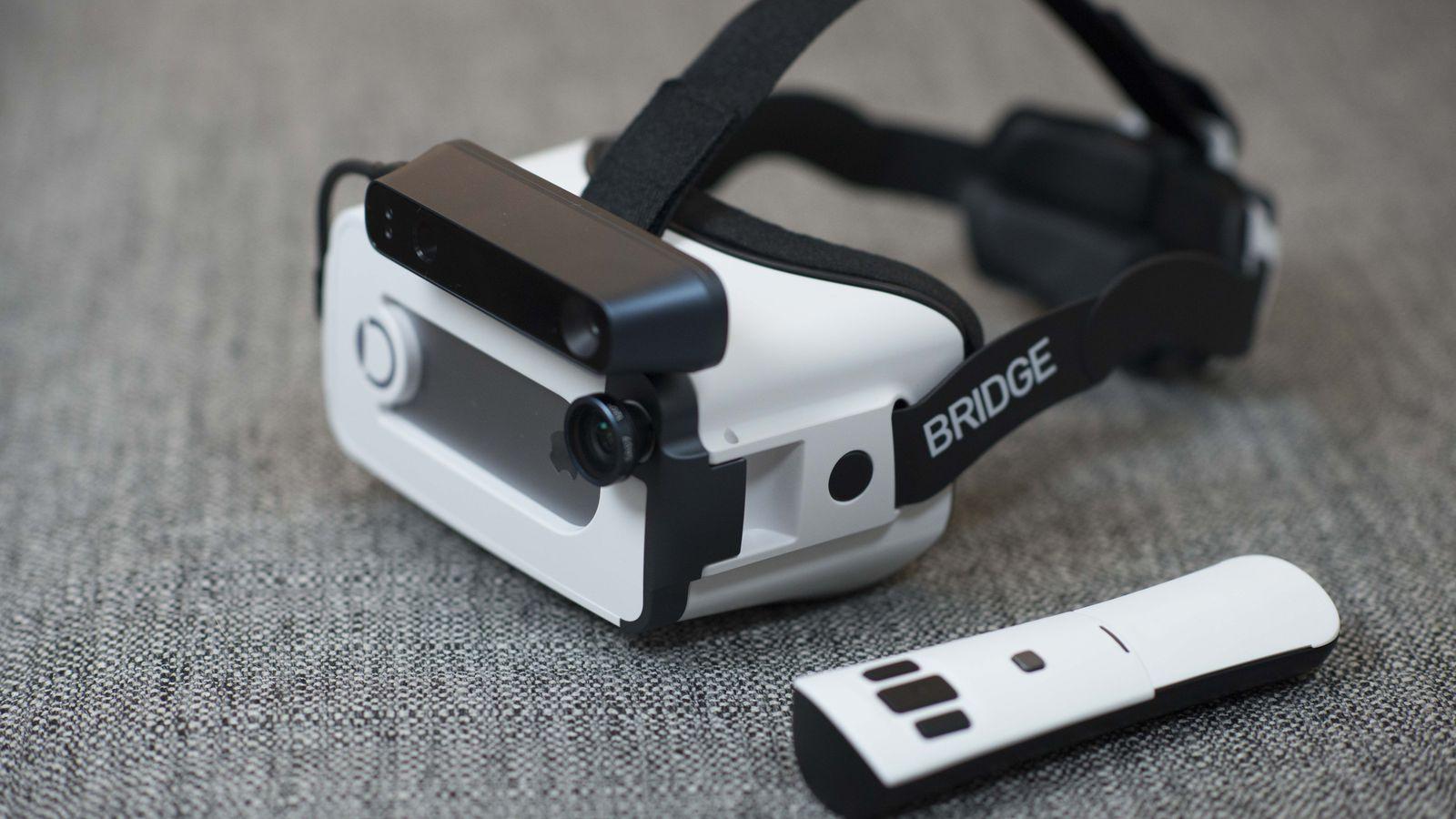 occipital bridge Le casque de réalité virtuelle Occipital Bridge est conçu pour liPhone