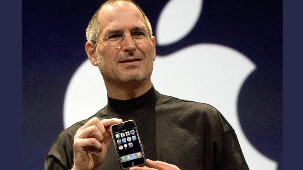 iphone 1 LiPhone a aujourdhui 10 ans et toutes ses dents !