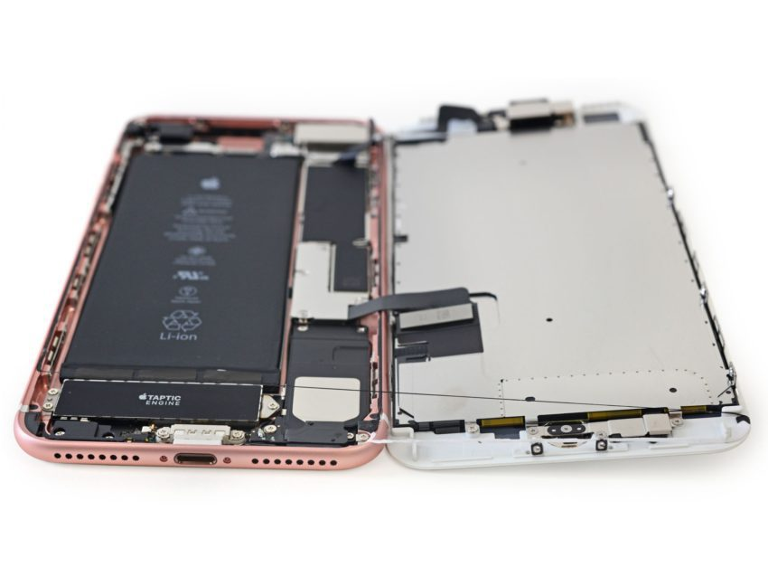 iphone 7 plus demontage  850x638 La garantie de liPhone nest plus annulée par les réparations tierces de lécran