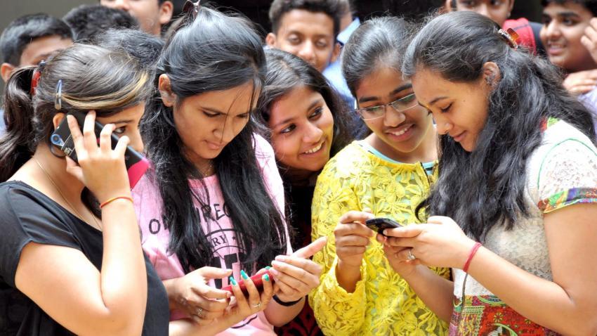 1685 smartphones ians Les iPhone SE assemblés en Inde sont disponibles dans les Apple Store