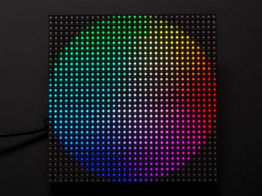 DF1yj1lWsAAmQ6g Homepod : le firmware AudioAccessory1,1 a été mis en ligne par Apple