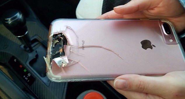 iphone 7 plus las vegas Son iPhone lui a permis d'éviter une balle lors du carnage à Las Vegas