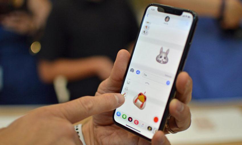 iPhone X Animoji iMessage 850x508 Les Animojis de liPhone X utiliseraient la caméra frontale au lieu de TrueDepth