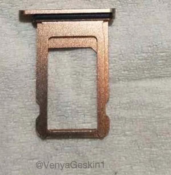 iPhone X Blush Gold Tiroir SIM LiPhone X version Or serait en début de production ?
