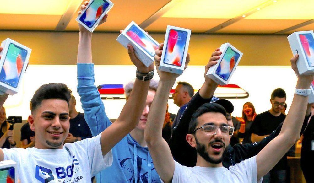 Achat iPhone X 1000x583 D'après une recherche, posséder un iPhone est un signe de richesse