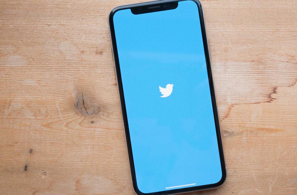 twitter app iphone x 1000x658 Lapplication Twitter ne va plus supporter iOS 9 lors de sa prochaine mise à jour