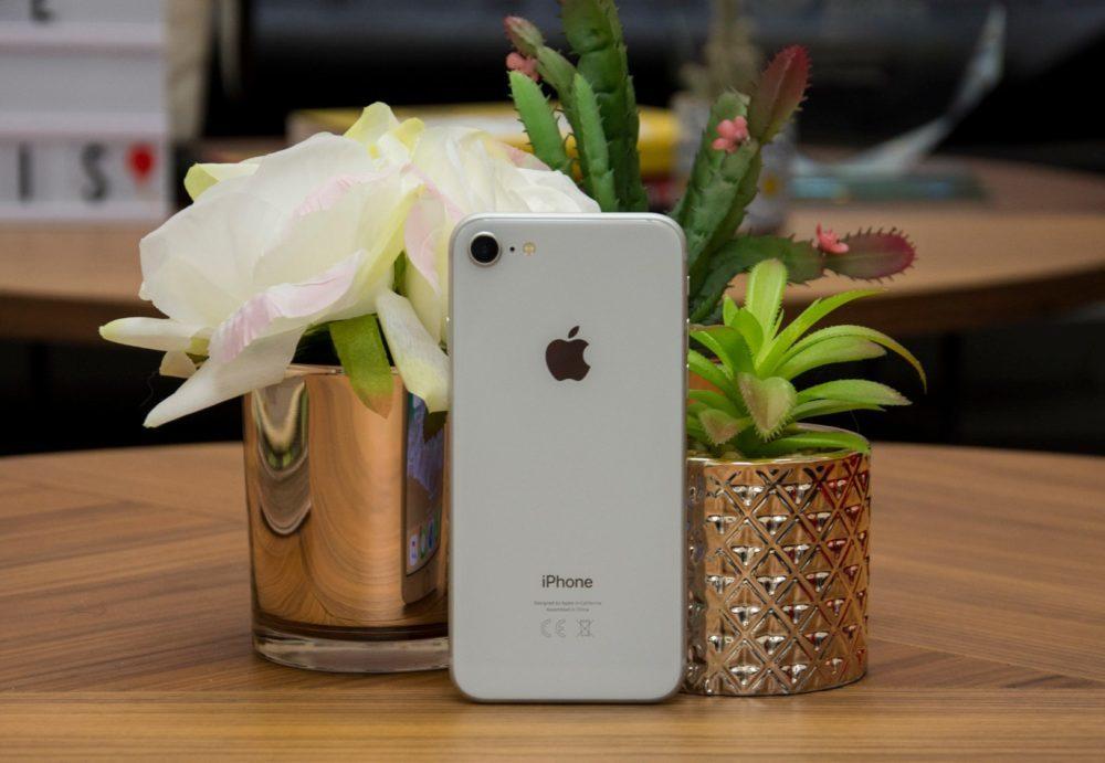 2 iPhone 8 1000x691 Un programme de remplacement de carte mère pour iPhone 8 lancé par Apple