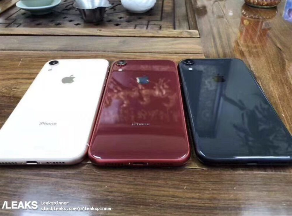 iphone xc1 1000x741 iPhone LCD de 6,1 pouces : des prototypes montrent de nouvelles couleurs