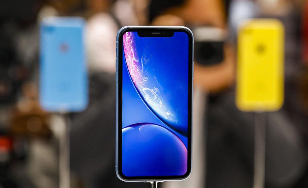 iPhone XR Bleu Facade Avant 1000x610 Suivant les premiers retours sur l'iPhone XR, le smartphone vaut le coup