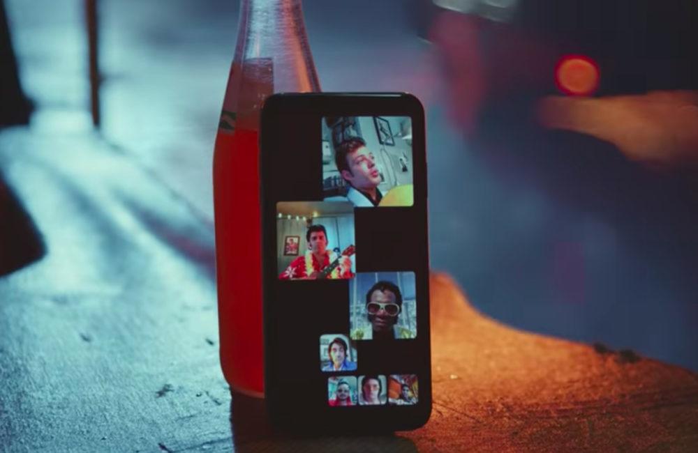 Apple Groupe FaceTime 1000x650 Apple met en avant les appels de groupe FaceTime dans une nouvelle publicité