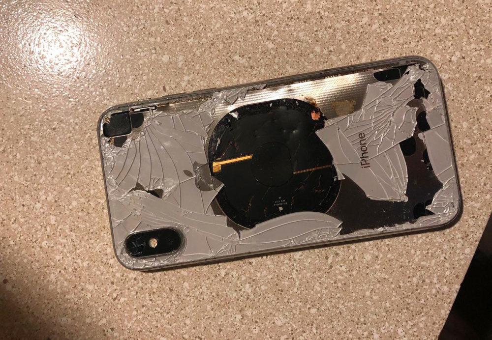 iPhone X Feu 1000x692 Un iPhone X explose après la mise à jour vers iOS 12.1, Apple enquête