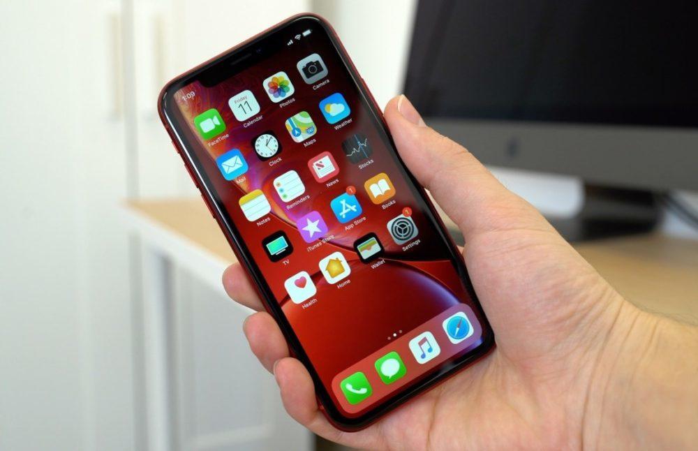 iPhone XR Rouge 1000x646 Tous les iPhone de 2020 seraient dotés dun écran OLED avec de nouvelles diagonales