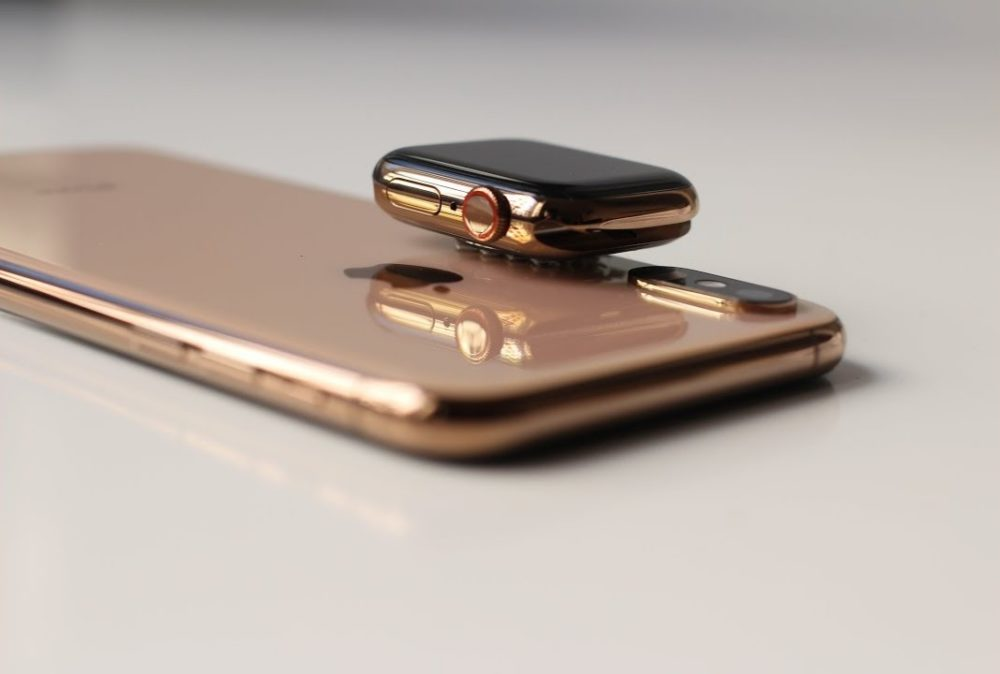 iPhone 2019 Wireless Charging Apple Watch Les iPhone de 2019 pourraient recharger sans fil lApple Watch et les AirPods