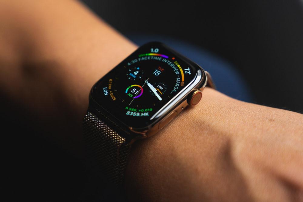 Lécran OLED de lApple Watch Series 4 est nommé « écran de lannée »