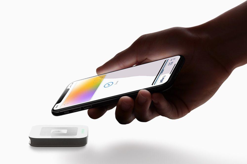 Apple Card iPhone XS 1000x667 LApple Card est désormais disponible pour tous les utilisateurs aux États Unis