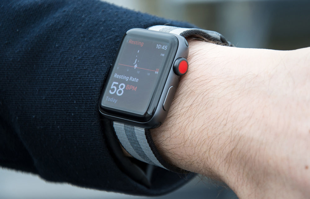 apple watch series 3 cellulaire 1000x644 Apple Watch Series 3 : des redémarrages inopinés et dautres bugs depuis la mise à jour vers watchOS 7