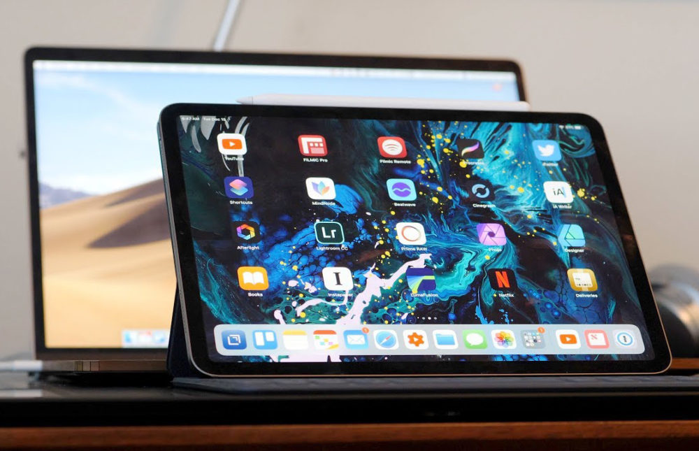 iPad Pro MacBook Pro 1000x645 Apple serait en discussion avec Samsung pour des écrans OLED sur MacBook et iPad