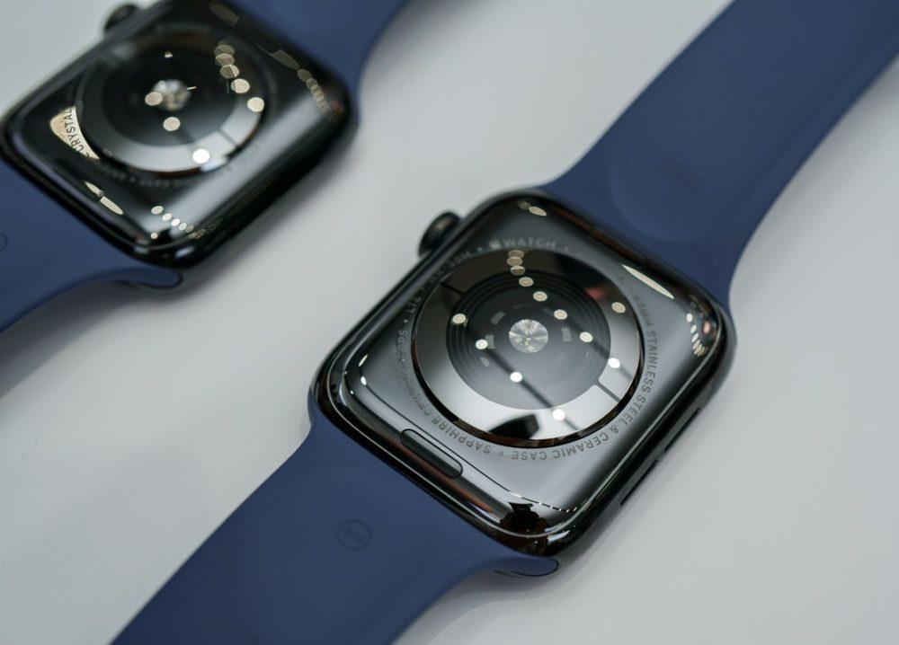 Apple Watch Series 4 Dos 1000x718 Des modèles dApple Watch en titane et en céramique découverts dans watchOS 6
