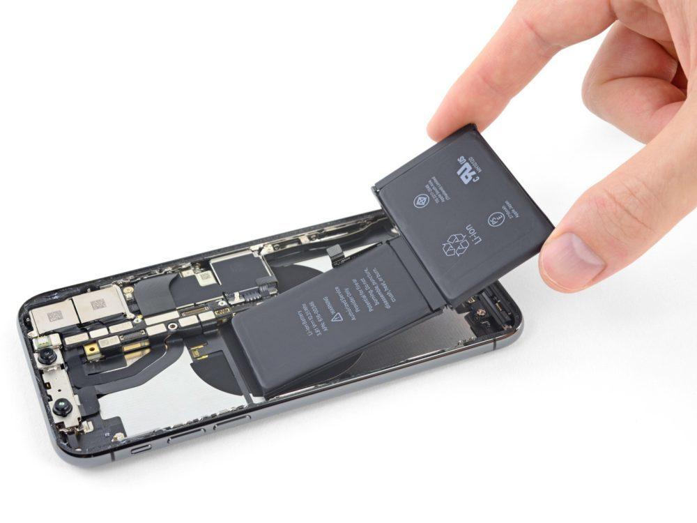 iPhone X battery 1000x750 iPhone : Apple ne veut pas que les utilisateurs remplacent eux même la batterie