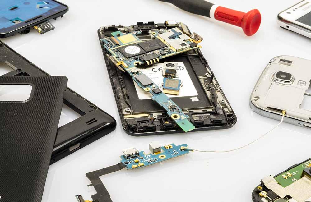 reparer smartphone Réparer soi même son smartphone : est ce possible ?