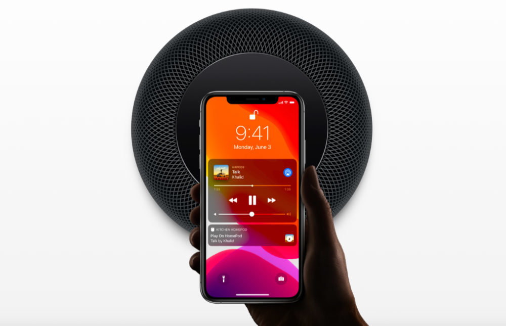 Apple HomePod Noir iPhone XS 1000x645 HomePod : Apple publie la version 13.2.1 après la version 13.2 qui était inutilisable