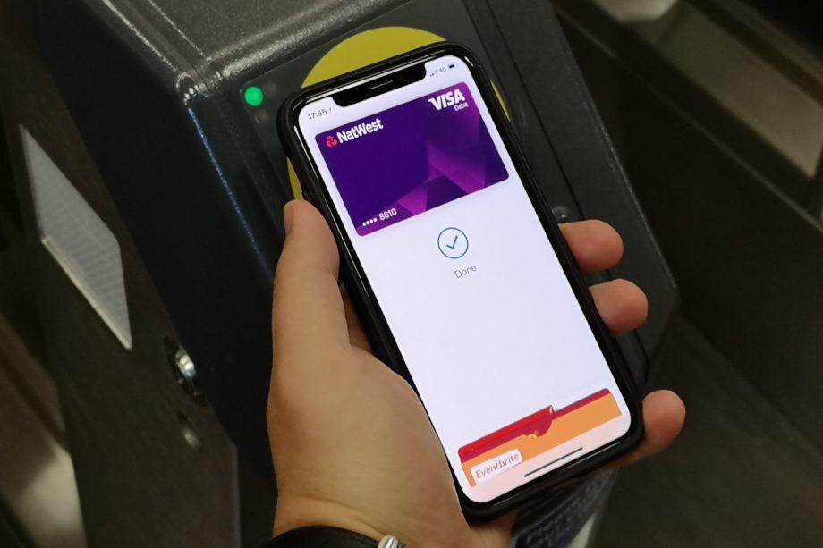 Apple Pay iPhone X Paiement Sans Contact Apple Pay est à présent le système de paiement mobile le plus populaire aux États Unis