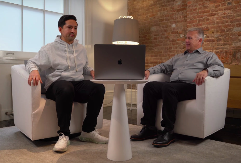 MacBook Pro 16 Pouces Phill Schiller Interview Le lecteur de cartes SD et les autres ports ne devraient pas retourner sur les MacBook Pro