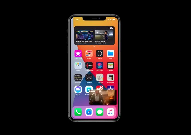 iOS 14 Image dans Image iOS 14 est là : widgets sur lécran daccueil, App Clips, Image dans Image, nouvel écran pour les appels...