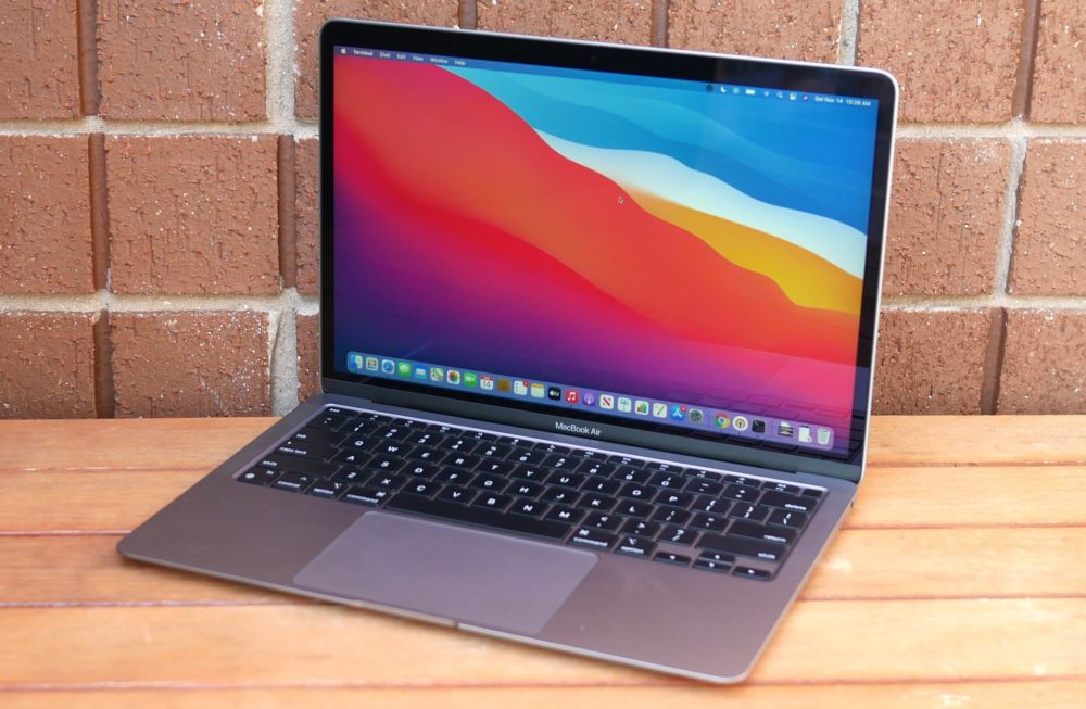 Apple MacBook Air M1 Un MacBook Air M1 avec 128 Go de stockage apparaît sur lApple Store