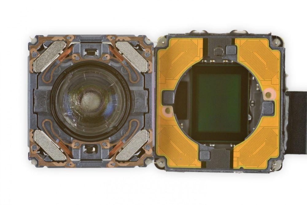 iPhone 12 Cameras Vue Interne iPhone 12 : pour réparer lappareil photo, il est nécessaire davoir un outil proposé par Apple