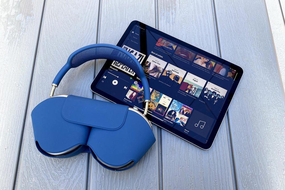 Apple AirPods Max Etui iPad Pro AirPods Max : une première mise à jour logicielle est proposée par Apple