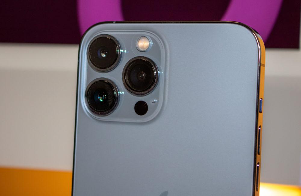 Camera Arriere iPhone 13 Pro Le test de DxOMark indique que liPhone 13 Pro est le 4e meilleur smartphone en photo