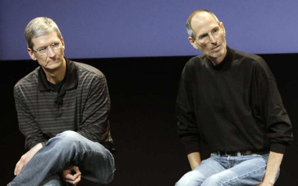 Tim Cook et Steve Jobs Une lettre de la part de Tim Cook aux employés dApple pour les 10 ans de la mort de Steve Jobs